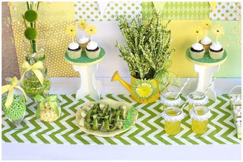 Easy Baby Shower Decorations by Easy Baby Shower Table Ideas