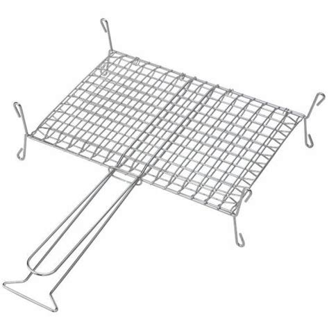 grille pour cheminee barbecue grille enveloppant sur pied pour chemin 233 e ou barbecue