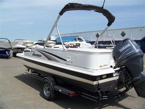 hurricane deck boat dealers minnesota hurricane fun deck 198r 2004 used boat for sale in rogers
