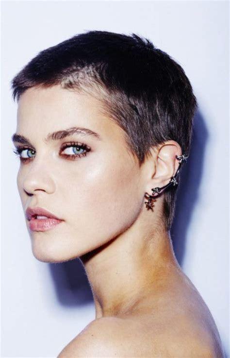 buzzed women haircut best 25 buzz haircut ideas on pinterest buzz cut styles