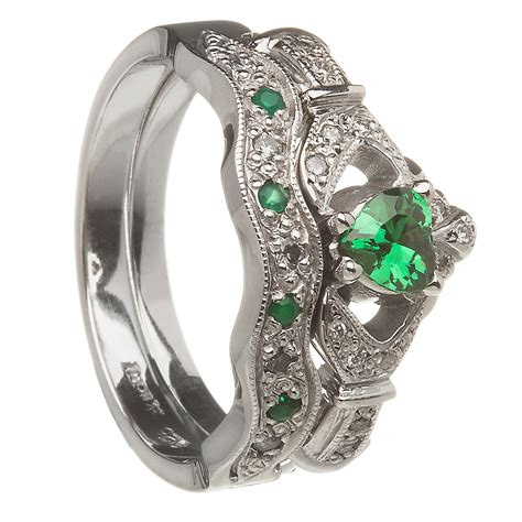14k white gold emerald set claddagh ring wedding