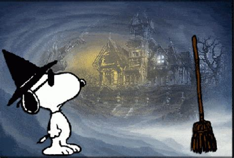 halloween snoopy animated gif speakgif