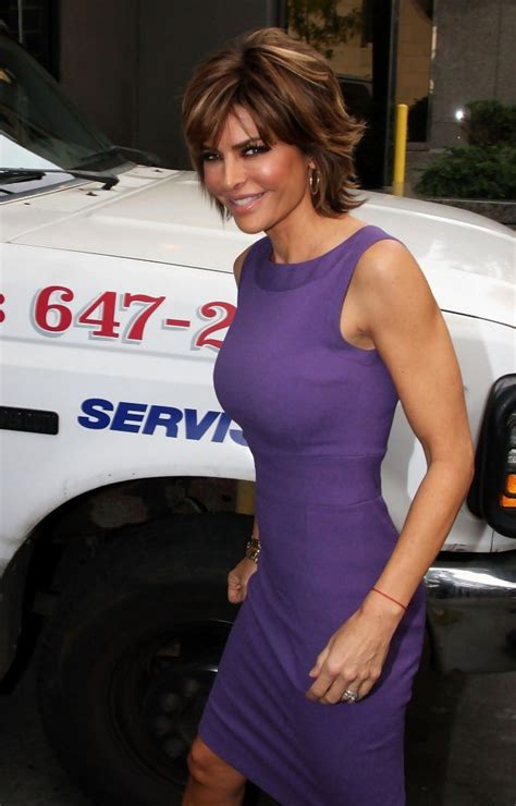 lisa rinna on celebrity apprentice youtube lisa rinna in cast members arrive for quot the celebrity