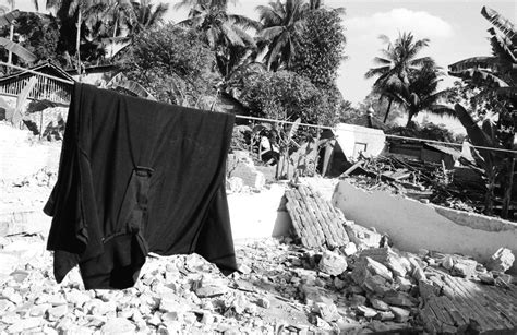 earthquake yogyakarta 2006 lukas coch photographer projects