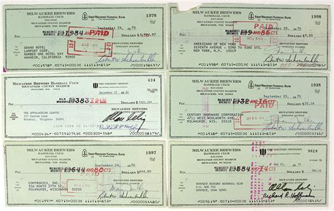Milwaukee Background Check Lot Detail 1970 82 Bud Selig Milwaukee Brewers Signed Checks Lot Of 10 Jsa