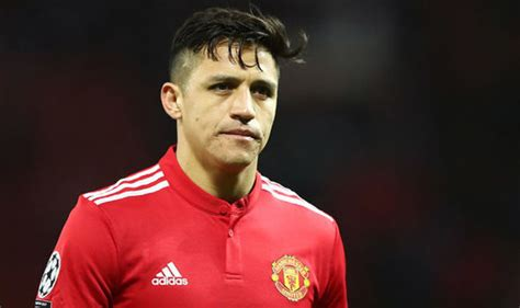 alexis sanchez qualities warnock alexis sanchez needs more freedom to play his