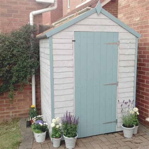 Painted Shed Ideas by 25 Best Ideas About Painted Shed On