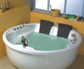 2 person bathtub with jets and heater