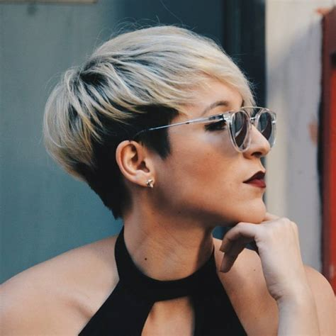 pixie haircut women over 40 short two tone hairstyles best short hair styles