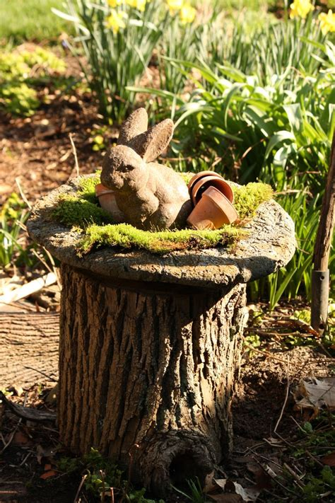 Tree Stump Decor by 80 Best Tree Stump Ideas Images On Decoration