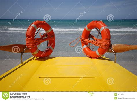 lifeboat ring clipart survival rings stock image cartoondealer 32403697