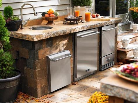 cucina in muratura per esterno cucine in muratura da esterno arredo giardino