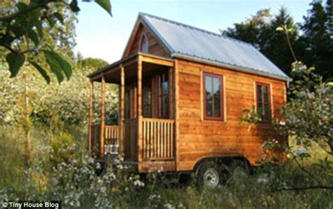 Tumbleweed Tiny House Trailer by Tiny Houses Which Allow Their Owners To Be At One With