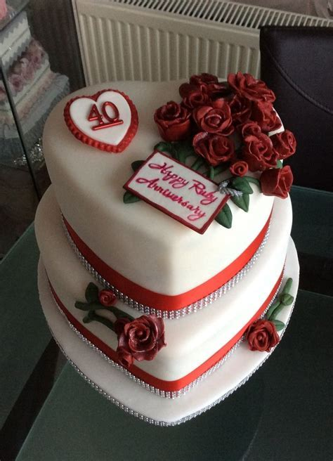 17 Best ideas about Ruby Wedding Cake on Pinterest