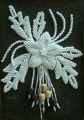 Macrame Flower Knot - macrame flower pendant
