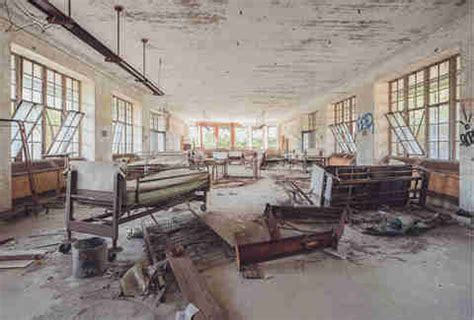 Staten Island Hospital Detox by Abandoned Places In Nyc Thrillist
