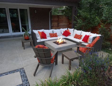wicker patio furniture around custom pit