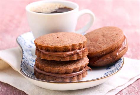 fare i biscotti in casa come fare i biscotti in casa e come decorarli mamma felice