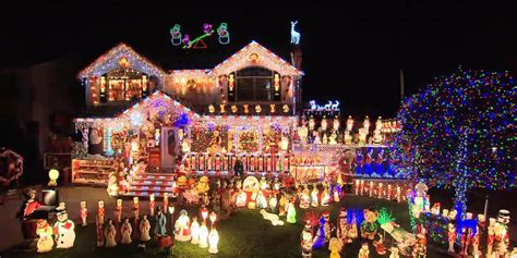 the great christmas light fight to air on trutv in the uk