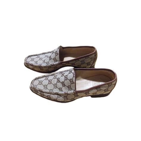gucci loafers womens shoes gucci monogram loafers modsie