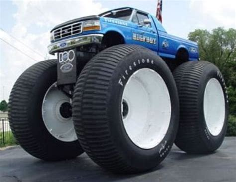 Bigfoot 5 Largest Monster Truck Off Road Goodies Pinterest