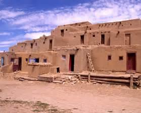 pueblo indian homes taos pueblo puebo de taos new mexico