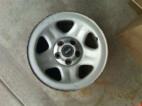 Stock Jeep Rims What S The Backspacing On Factory Xj Rims Cherokeexj