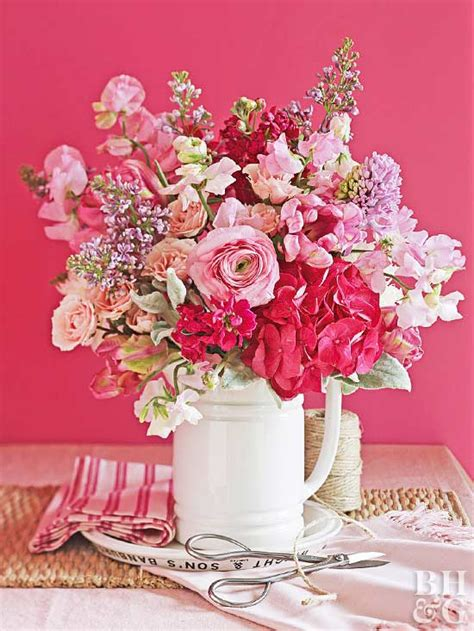 Classic Flower 15 classic flower arrangements stunning bouquets you can make
