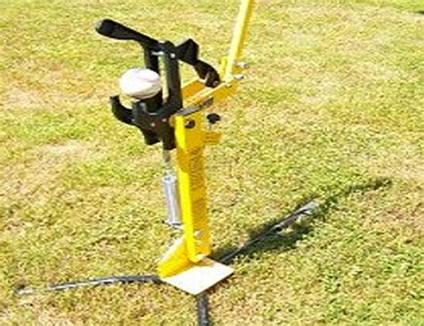 backyard pitching machine back yard pitching machine louisville slugger