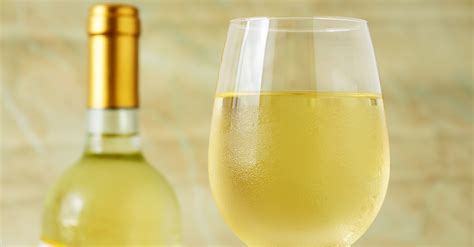 white wine the 6 white wines to try to help you understand white wine