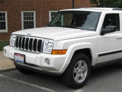 vehicle repair manual 2010 jeep commander lane departure warning service manual how to fix 2008 jeep commander engine rpm going up and down service manual