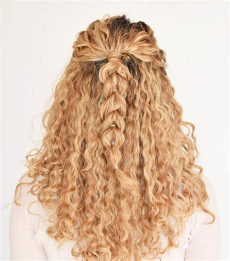 easy on the go hairstyles 9 easy on the go hairstyles for naturally curly hair