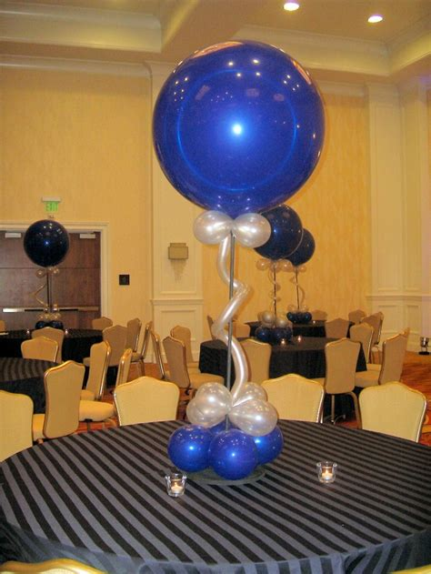 mesa decoracion centros de mesa con globos para decorar en fiestas