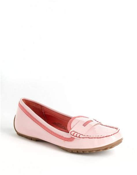 isaac mizrahi loafers isaac mizrahi new york prisha patent loafers in pink lyst