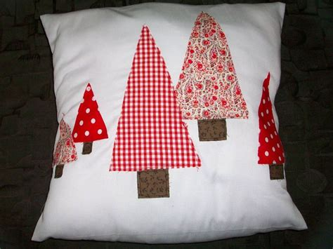 1000 ideas about christmas cushion covers on pinterest