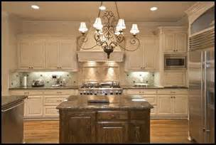 Kitchen Cabinets Finishes And Styles Kitchen Cabinet Ideas Dual Finishes And Hardware