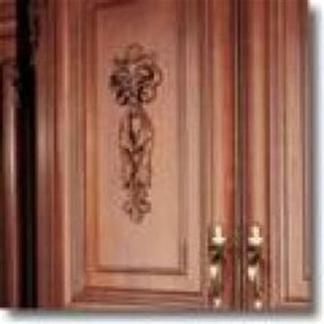 kitchen cabinet onlays 1000 images about cabinet appliques on pinterest rta