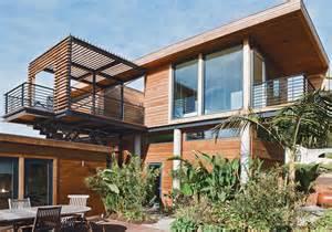 Can add the beauty inside it has green grass arround house ideas