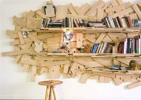 librerie che comprano libri usati riciclo creativo una libreria dagli scarti legno