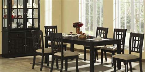 schwarzer und weißer speisesaal set dunkel dekor esszimmer