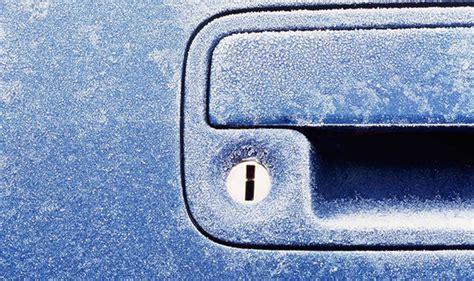 Frozen Car Door by Car Door Locks Frozen Tips To Defrost Them In Seconds