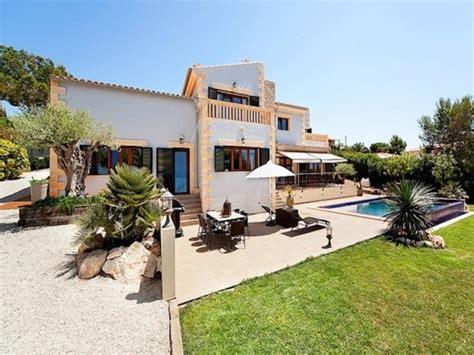 mediterrane villa in cala vinyas mit gro 195 ÿem pool