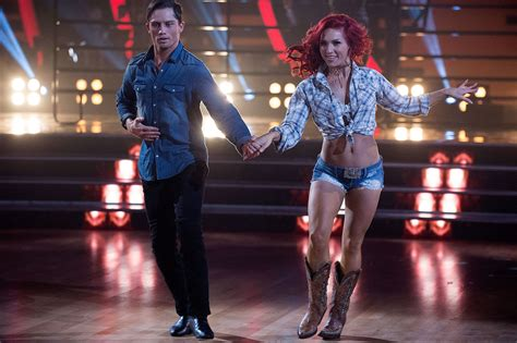who is shauna dancewas shauna dance arrestedwhen was shauna dance bonner bolton explains groping sharna burgess on dwts