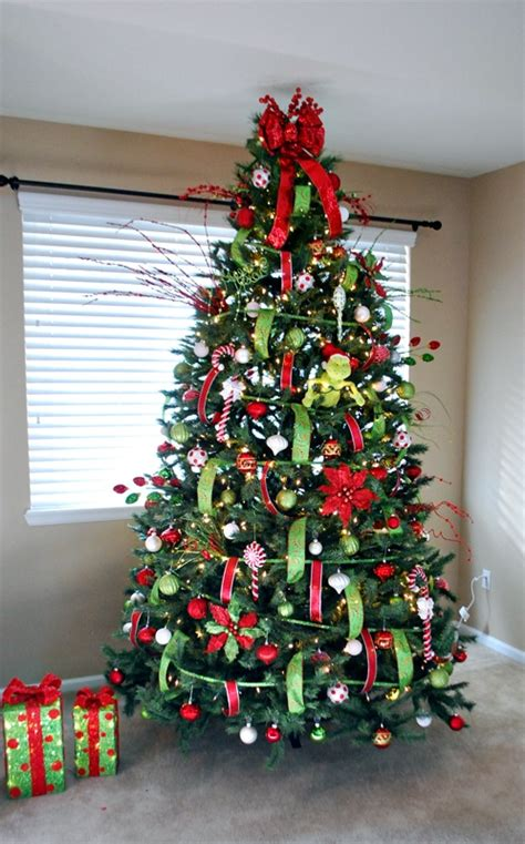 grinch theme tree christmas pinterest