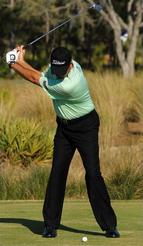 golf swing leg action get your body in gear creating coil in a golf swing