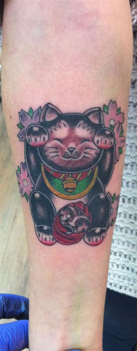 tattoo cat neko 17 best images about maneki neko tattoo on pinterest