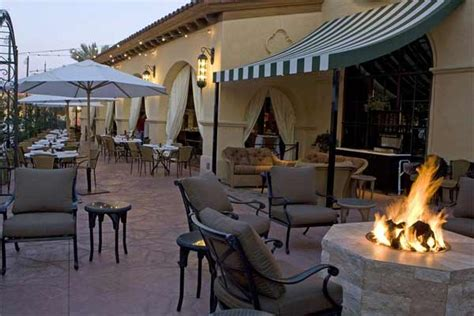 brios town square brio tuscan grille at town square toasts to a decade with
