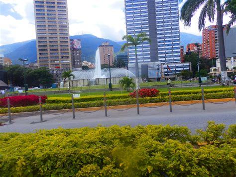 imagenes de plaza venezuela caracas file plaza venezuela caracas venezuela jpg wikimedia