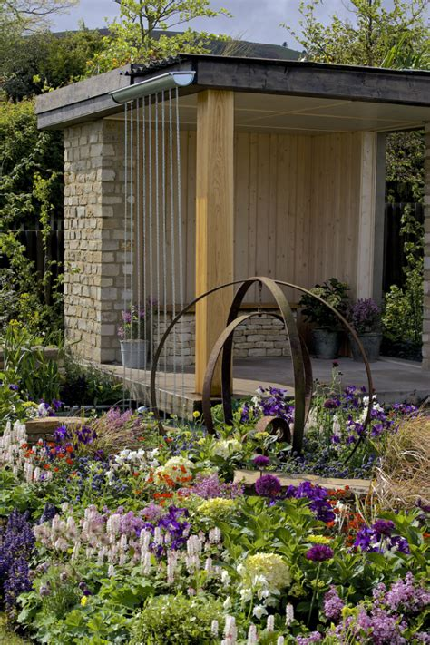 rhs silver gilt medal garden the cotswold way