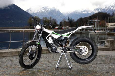 Trial Motorrad Wandern by Ossa Explorer Modellnews